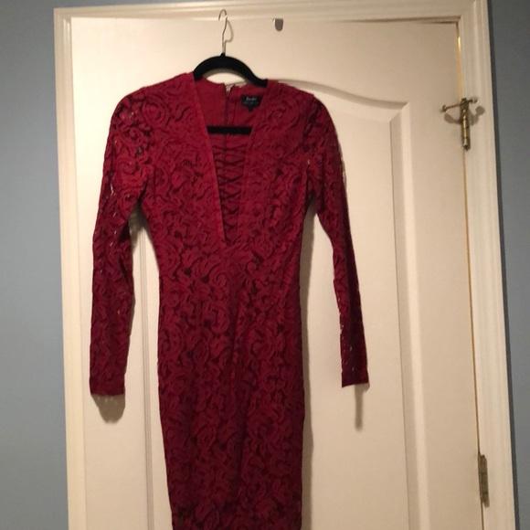 Bardot Dresses & Skirts - Bardot burgundy lace dress